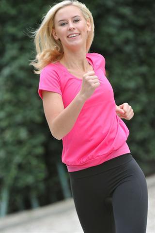 Bewegung macht glücklich und kann viel zum Erfolg einer Diät beitragen. - Foto: djd/medicalimage.de