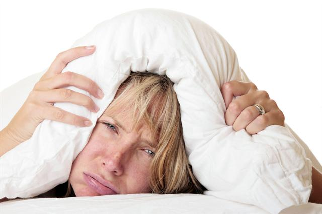 Gebt doch endlich mal Ruhe! Für immer mehr Menschen wird der Alltagslärm zur ständigen Belastung. - Foto: djd/BioEars/shutterstock/Alex James Bramwell