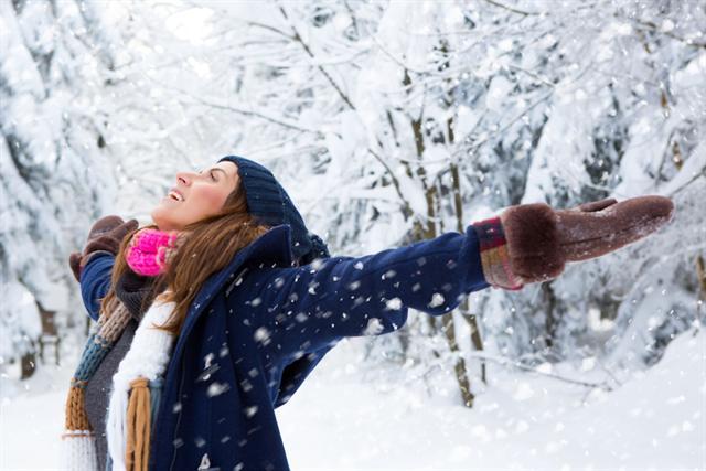 Genießen lernen heißt, den Blick auf die kleinen Freuden im Alltag richten und die angenehmen Momente bewusst erleben. - Foto: djd/BDSI/fotolia.com/drubig-photo