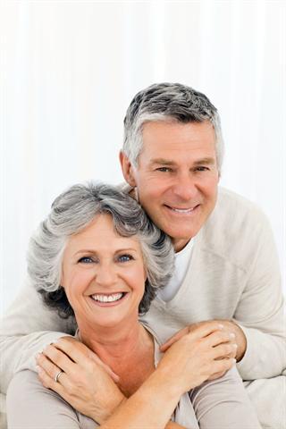 Senioren mit Bluthochdruck müssen besonders darauf achten, ihre Gefäße zu schützen. - Foto: djd/Arginin-Forschung/Fotolia/WavebreakMediaMi