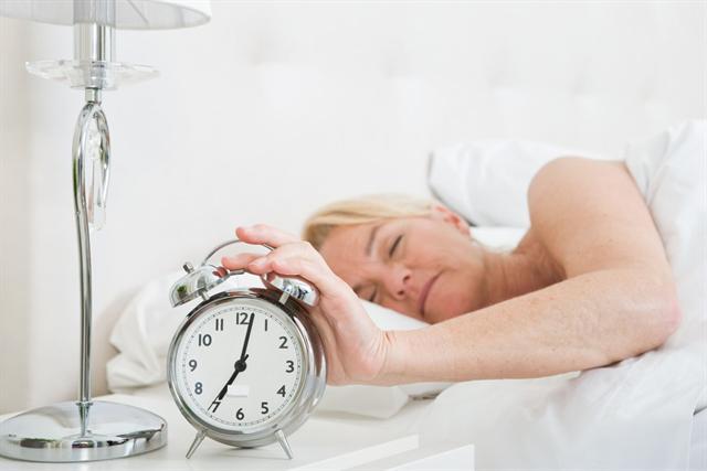 Ist die Nachtruhe über Wochen oder Monate verkürzt, kann eine krankhafte Schlafstörung vorliegen. - Foto: djd/Neurexan/corbis