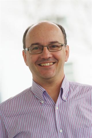 Dr. Simon Feldhaus, niedergelassener Facharzt für Allgemein- und Komplementärmedizin. Seine Schwerpunkte sind die Anti-Aging-Medizin und die Prävention. - Foto: djd/medicalimage