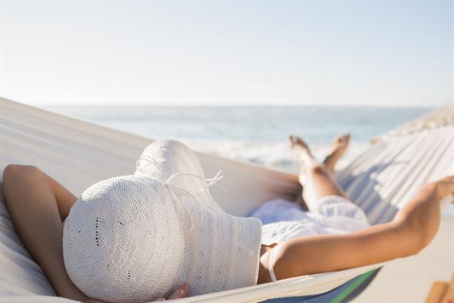 Das Abschalten am Urlaubsort fällt manchen Berufstätigen besonders schwer. - Foto: djd/Orthomol