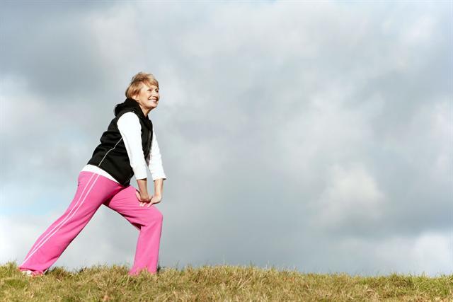 Sport sollte ein wichtiger Teil der Therapie bei Typ-2-Diabetes sein, denn er steigert die Sensibilität der Zellen für Insulin, so dass es besser wirken kann. - Foto: djd/MSD/thx