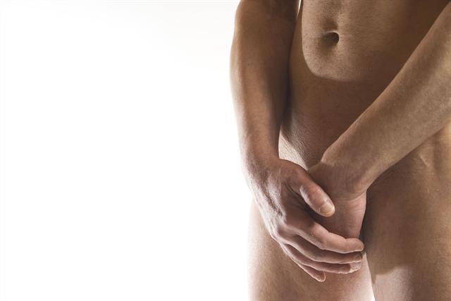 Potenzprobleme können viele Ursachen haben, etwa eine Prostataoperation. Mit speziellen Rehabilitationsverfahren lassen sich aber die Folgen einer solchen OP oft lindern. - Foto: djd/Parksanatorium Bad Bocklet/Uwe Grötzner/fotolia.com
