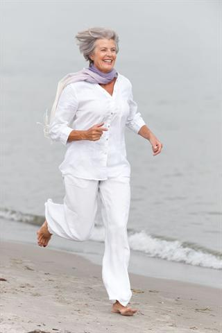 Eine ausreichende Magnesiumzufuhr ist im Alter besonders wichtig, um jung zu bleiben und das Herz zu schützen. - Foto: djd/panthermedia.net