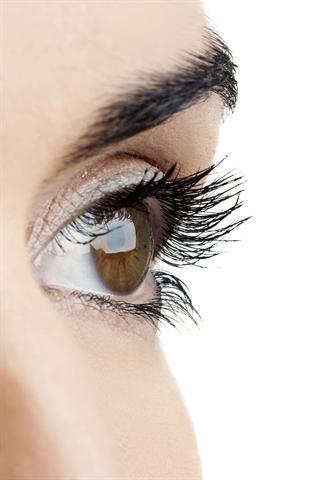 Das Thema Augengesundheit sollte sehr ernst genommen werden - denn gutes Sehen bedeutet ein hohes Maß an Lebensqualität. - Foto: djd/Ergo Direkt Versicherungen/thx