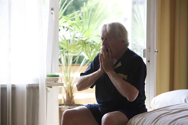 Atemnot und Brustenge können bei Herzpatienten auf einen erhöhten Ruhepuls hinweisen. - Foto: djd/pulsgesund.de