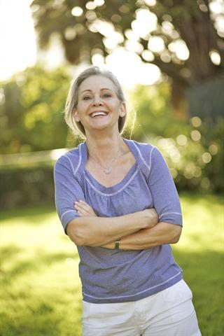 Heiter bis zum nächsten Schub: Rheumapatienten müssen immer auf Schmerz gefasst sein. - Foto: djd/panthermedia
