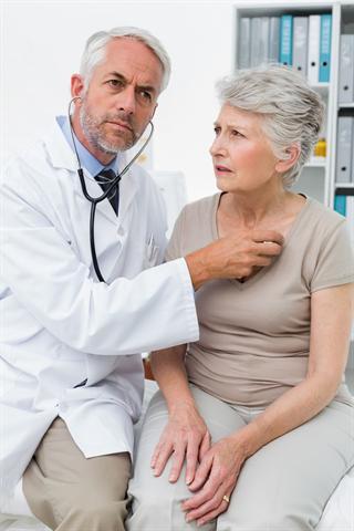 Wenn das Herz stolpert oder rast, kann neben vielen anderen Ursachen auch ein Magnesiummangel als Ursache dahinterstecken. - Foto: djd/Wörwag Pharma/thx