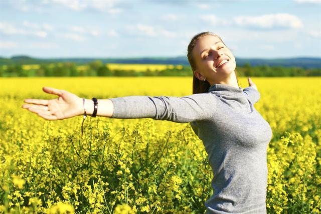 Endlich draußen bewegen - im Frühling fällt eine Gewichtsreduktion deutlich leichter. - Foto: djd/Sanguinum/thinkstock