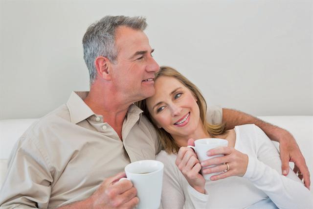 Bei Problemen im Liebesleben ist ein vertrauensvolles Gespräch mit der Partnerin wichtig. - Foto: djd/Testogel/thx