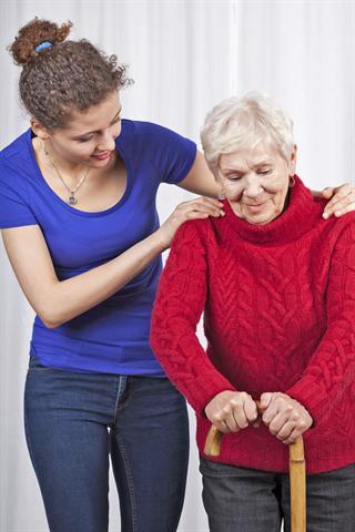Osteoporosebedingte Knochenbrüche können zu dauerhaften Bewegungseinschränkungen führen. Foto: djd / osteoporose.de thx - Foto: djd/osteoporose.de/thx