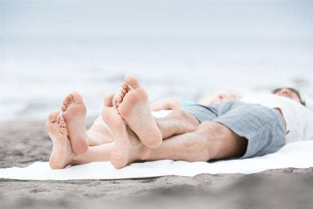 Soweit die Füße tragen: Solange sie gepflegt sind, kommt man problemlos überall hin. - Foto: djd/Jentschura International