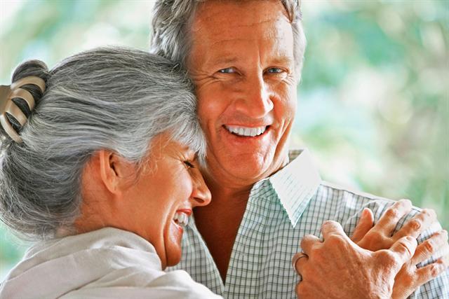 Wer lange gesund und fit bleiben will, sollte etwas für seine Gefäße tun. Wichtig ist zum Beispiel eine ausreichende Arginin-Versorgung. - Foto: djd/Telcor Arginin-Forschung/Fuse - Thinkstock